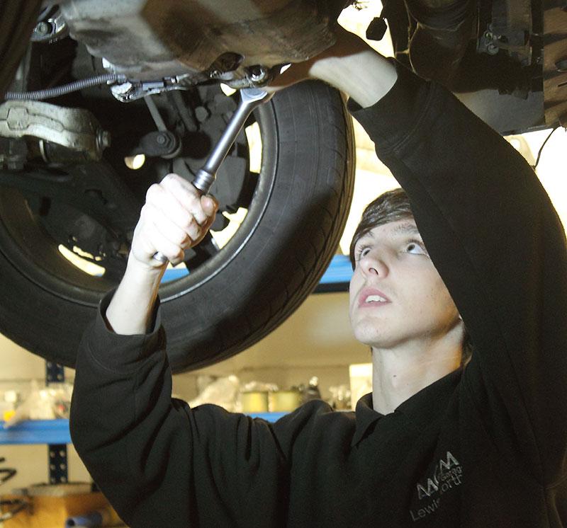 Car MOT repairs 1